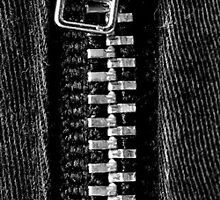 Zipper by GiulioSaggin