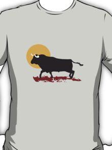 bull and sun T-Shirt