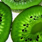 kiwi slices by JuliaPaa