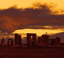 Stonehenge 6, photograph of the standing stones by Tom Conway