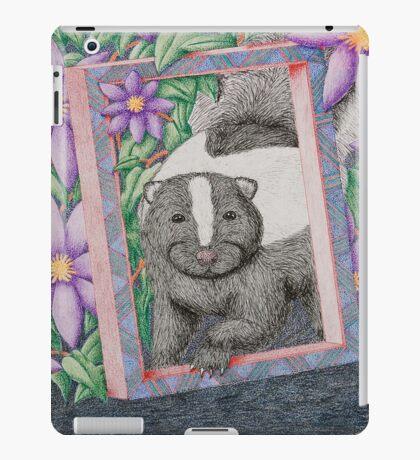 Skunk In Frame iPad Case/Skin