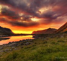 Midnight Sun - HDR by Andreas Stridsberg