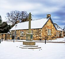 Dalmeny Mercat Cross by Tom Gomez