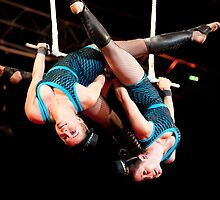 Trapezes by MiImages