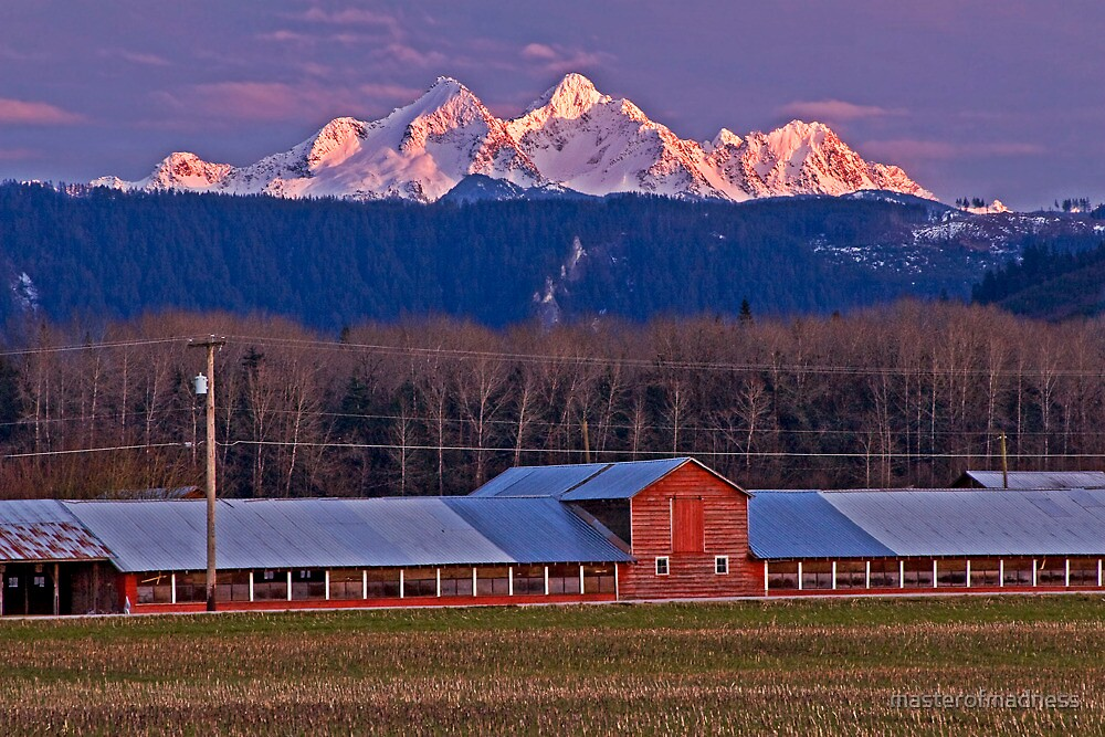 Barn With A Cascade Mountain 39 S Sunset By Masterofmadness