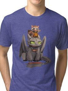 How to train your dragon ! Tri-blend T-Shirt