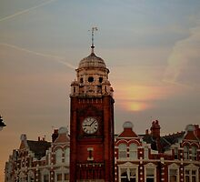 sunset over crouch end N8  by chrissiexxx68