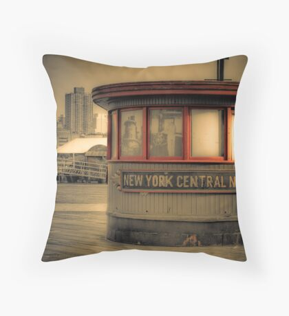 New York Central No. 31 Throw Pillow