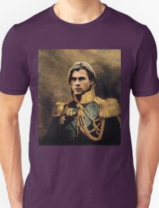 Thor Chris Hemsworth old fashioned vintage portrait 2 T-Shirt