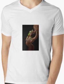 Tropical tree frog Mens V-Neck T-Shirt