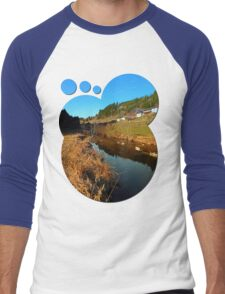 A river, the valley and traditional farmland | waterscape photography Men's Baseball ¾ T-Shirt