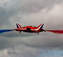 Red Arrows by andrewfoster