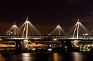 Golden Jubilee & Hungerford bridges, London by George Parapadakis (monocotylidono)