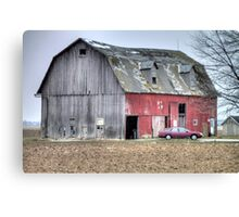 Weathered Red Barn in Northern Ohio Canvas Print