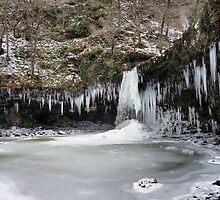 Sgwd Yr Eira falls  in winter by wizard327