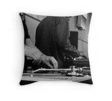Scratch!! Throw Pillow