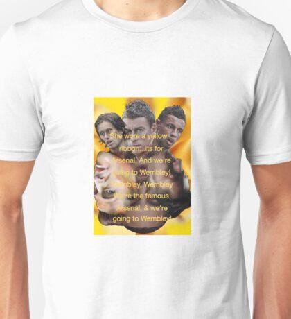 She wore a yellow ribbon - Arsenal Unisex T-Shirt