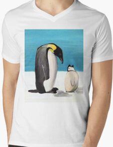 Penguin Love Mens V-Neck T-Shirt