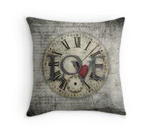 love grunge Throw Pillow