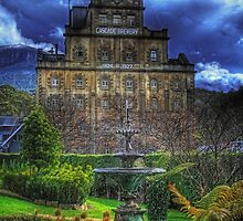 Cascade Gardens by Murray Swift