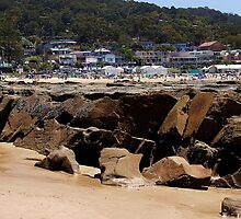 Lorne Beach - view over rocks by Rhonda F.  Taylor