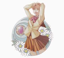 Smiling Hitomi Kanzaki One Piece - Short Sleeve