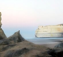 Gibsons Beach Sunrise, Port Campbell National Park, Victoria by Darren Greenwell