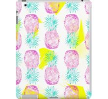 Tropical pink mint green yellow pineapples pattern iPad Case/Skin