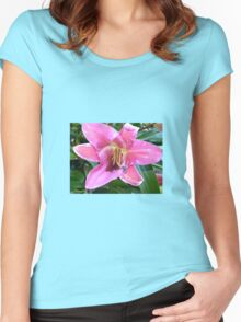 PINK LILY Women's Fitted Scoop T-Shirt