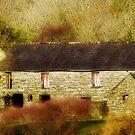 Stone Barn by Marloag