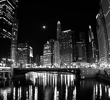 Chicago by Night by Roma Czulowska