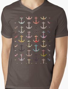 Vintage retro sailor girly floral nautical anchors Mens V-Neck T-Shirt