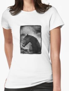 At night I dream of horses T-Shirt