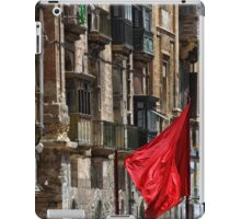 Aħmar iPad Case/Skin