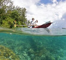 Over/Under Papuan Canoe by Rick Grundy