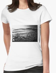 DAWN SHORE Womens Fitted T-Shirt