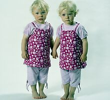 Young TwinS #8 by Peter Voerman