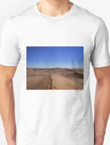 Where dunes and sky come together  T-Shirt