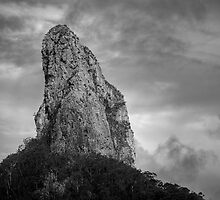 Glasshouse Mountains by GVarney