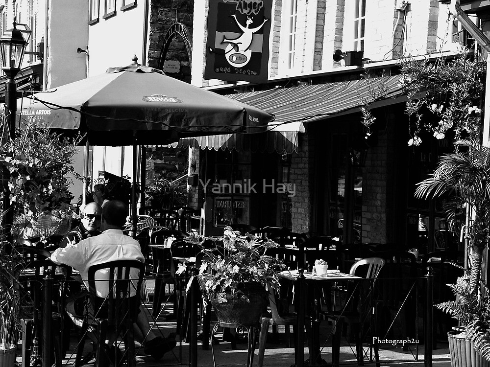 Morning Chat, Place Royale Black and White by Yannik Hay