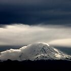 Mount Rainier by Mikhail Lenitsyn