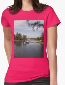 Round of Gulf Womens Fitted T-Shirt