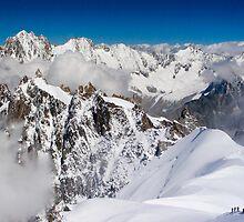 Mt Blanc Massif by parischris