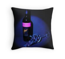 Grapes......... Throw Pillow
