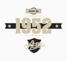 Born in 1952 (Cream&Choco) One Piece - Short Sleeve