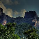 Grand High Tops in the Warrumbungles 004 by pedroski