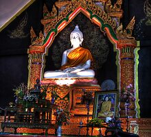 Buddha image in HDR by fabianfred