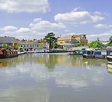 Bancroft Basin, Stratford-upon-Avon by Rod Johnson