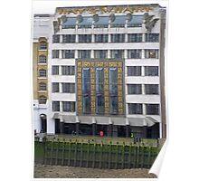 London Deco: Hays Wharf/St Olaf House 1 Poster