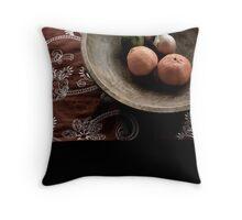 Fruitas de Espana tabola  Throw Pillow